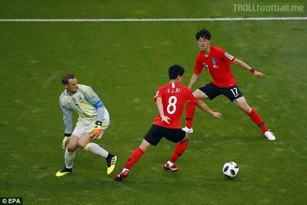 Happy Birthday Manuel Neuer..😉😆