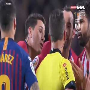 """Diego Costa tried to make the situation better with the referee by saying: """"No, no! I called MY mother a wh*re!"""""""