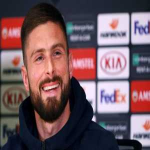 Only two players have scored 10 goals in major European competitions this season: Lionel Messi and Olivier Giroud