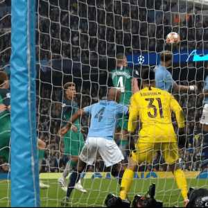 The angle that the referee was not shown of Llorente's goal