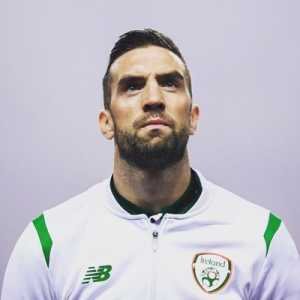 Last week Shane Duffy captained himself in his fantasy team during a double-game week, ended up conceding 7. This week he took a -4 points penalty to bring in Ben Mee and bench him, gets his first clean sheet since the start of March.