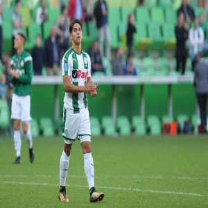 Oriol Domènech   Barcelona sign Ludovit Reis from Groningen for a fee of 2,5M€ + variables. The player is set to join Barça B