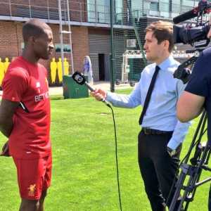 """Klopp to Sky Sports on Firmino: """"Actually, yesterday after training he mentioned a little muscle issue. We assess it obviously. It's not a big thing but was enough to leave him out today, that's all."""""""