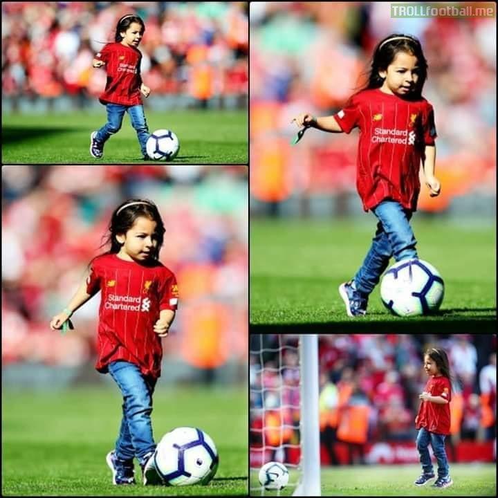 Even Mohamed Salah 's Daughter Has Better Skills and Ball Control Than Romelu Lukaku!😍😂