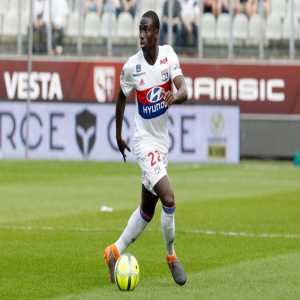 [EuroUnited] Ferland Mendy has already found an agreement with Real Madrid. the Frenchman was Zinedine Zidane's priority in the left-back position. The Madrid club hopes to reach an agreement with Lyon in the near future. Junior Firpo (Real Betis) is also tracked by Real