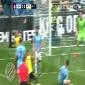 Watford penalty shout vs Man City (Kompany handball)
