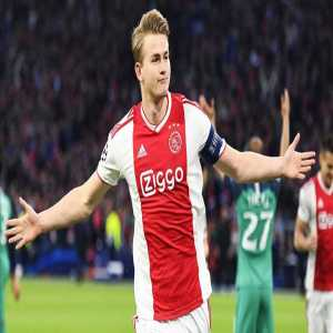 "[Oriol Domenech] On De Ligt: ""The only issue remaining for Barca is the high commission that his representative, Mino Raiola, is asking for. Manchester United is the team that, economically, is more committed to the player at the moment."""