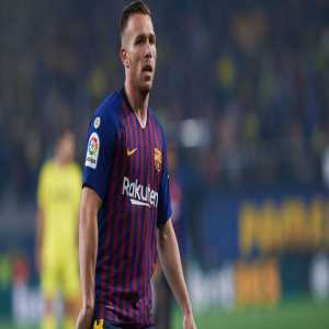 Catalunya Radio: The dressing room is worried about Arthur. He weighs four kilos more than when he first arrived at Barcelona.