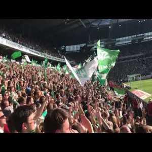 Fan's view of Pizarro's goal against Leipzig.