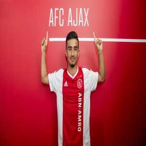 Naci Ünüvar extends his contract with Ajax until 2022