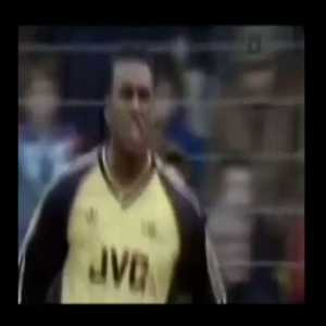 """Ian Wright: """"Remember when ref David Elleray was mic'd up for Millwall vs Arsenal!! Imagine this was allowed in football today...would it work? Would fans want to hear the ref? What other changes do you think will improve the game?"""" (video)"""