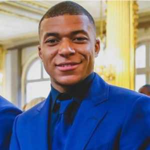 """Mbappe telling """"ITK's"""" some extra information..."""