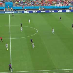 5 years ago today, van Persie scored one of the best goals of the World Cup vs Spain.