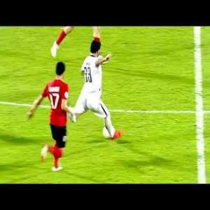 Amazing goal from Mohammed Al Wakid from 55m away on Aljazeera