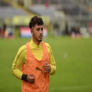 """""""Three years ago, Dario Scuderi (BVB II) suffered a horrific knee injury. After continuous fighting and intensive rehab, he has decided to end his professional career in fear of relapse. You'll forever be part of the Dortmund family 💛"""""""