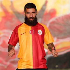Galatasaray sign free agent Jimmy Durmaz on a three year deal