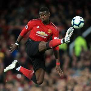 [L'Equipe] : Paul Pogba & his team have been seriously considering snubbing Manchester United's demand that he travels to Australia tomorrow.