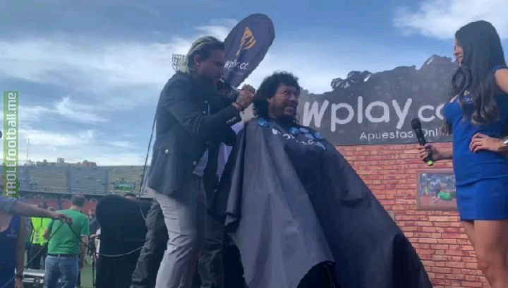 Rene Higuita fulfilled his promise and cut his hair