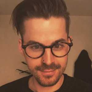 [Thomas] A source has told me #Brentfordfc have agreed a fee with #LeedsUtd to sign Pontus Jansson. Would present a real coup for the #Bees who have also rejected an offer from #Celtic at £2m for Romaine Sawyers