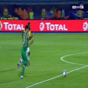 Baghdad Bounedjah (Algeria) penalty miss against Cote d'Ivoire 48'