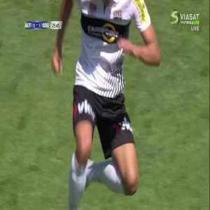 Altach [1]-1 Southampton: Manfred Fischer 26'