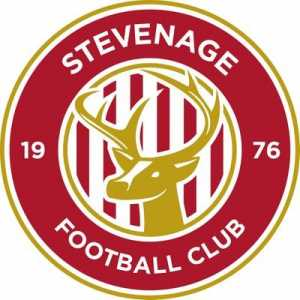 Dean Parrett re-signs for Stevenage