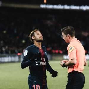 Neymar talked well with Leonardo when he arrived at the Camp des Loges, the Director reminded the player of the club's position. if a club accepts the financial demands of PSG, he can leave. his sanction is undisclosed.