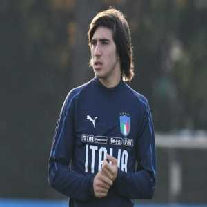 [ParisUnited] Contrary to reports from Corriere dello Sport, no offer has been made for Sandro Tonali despite Leonardo's interest for the player. Brescia expect around €30m to €35m for the player, who is not yet convinced to have sufficient gametime with PSG