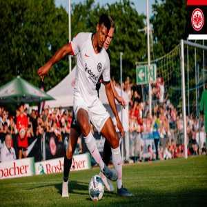 Eintracht Frankfurt on Twitter | Haller set for West Ham medical |