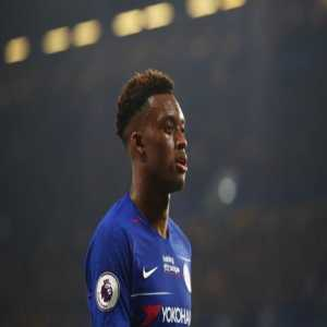 Simon Phillips: Callum Hudson-Odoi's representatives will hold talks with Chelsea in the next few days to discuss his future at Stamford Bridge. It's understood the 18-year old is now open to staying at Chelsea after talks with Frank Lampard.