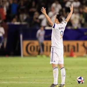 Zlatan Ibrahimovic : « I AM LA!!! »