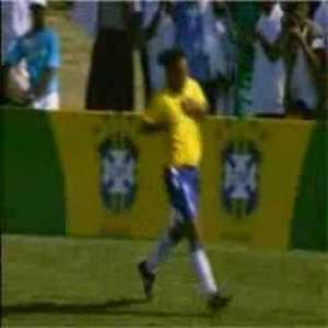 Ronaldinho vs Haiti 200. Silky feet as per, great goal