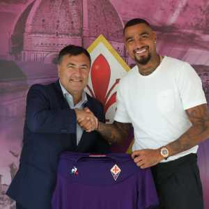 OFFICIAL Fiorentina have signed Kevin-Prince Boateng from Sassuolo after he have spent a year on loan at Barca. Fee at 1mil and a 2 year contract.