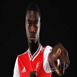 "Nicolas Pepe on which player he admires the most; ""Lionel Messi."" repoter asks why? ""Because he is simply the best player in the world"""