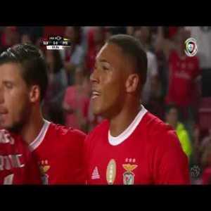 Benfica [5-0] Paços de Ferreira - Carlos Vinícius 84'