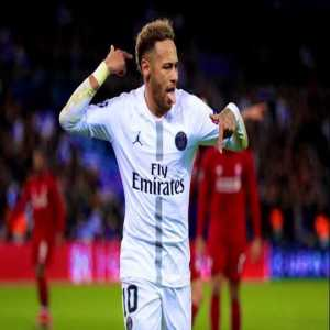 """[@_AdrianSnchz] 