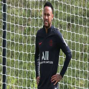 [Roger Arbusà, Catalunya Ràdio] Barça now see the Neymar transfer as difficult, although yesterday's meeting shows that they want him.