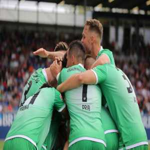 2nd Division football team Hannover 96 wins their first league away match after 666 days!