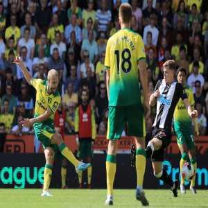 Teemu Pukki is the first player to score a @premierleague hat-trick for Norwich City since Efan Ekoku against Everton in September 1993