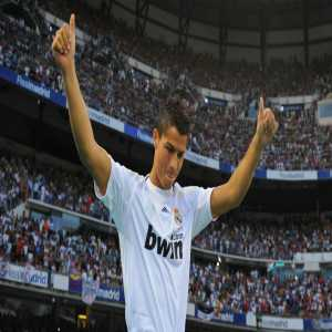 Cristiano Ronaldo: At 25, I could have been worth €300 million.