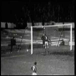 50 years ago Włodzimierz Lubański (Górnik Zabrze) socred this beauty against Rangers FC at Ibrox