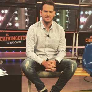 [Jugones] : Rakitic told Barça yesterday that he does not want to go to PSG, that he stays. Dembele does not want to move either. The Neymar transfer is complicated.