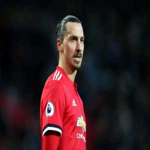 LA Galaxy's Zlatan Ibrahimovic says he would be open to a return to Manchester United.