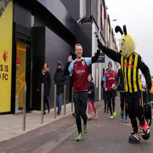 Congratulations to Burnley fan Scott Cunliffe who ran to all 19 Premier League games last year for charity and BVB Fans for #EQUALGAME Awards
