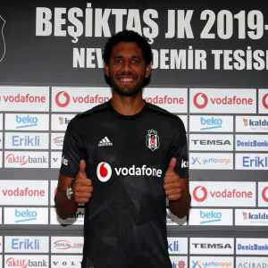 OFFICIAL: Elneny joins Besiktas