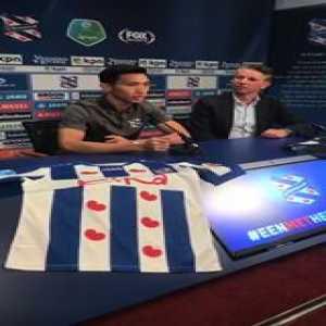 SC Heerenveen signs Doan Van Hau on loan from Ha Noi FC. He becomes the first Vietnamese player to play in the Eredivisie.
