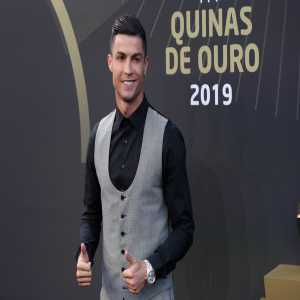 Cristiano Ronaldo wins Portuguese footballer of the year for a tenth time