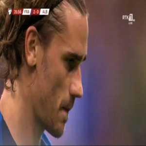 Antoine Griezmann (France) penalty miss vs. Albania (37')