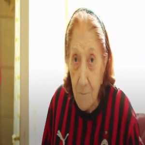 Nice gesture by Ac Milan to a 100 years old fan