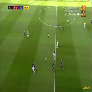 Tácon player having some trouble in the game against FC Barcelona (W)